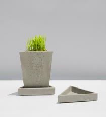 KANT TRIANGULO, betonový květináč