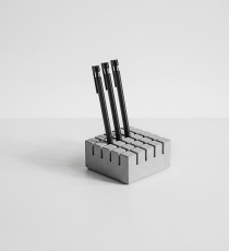 GRIDD, concrete pencil holder